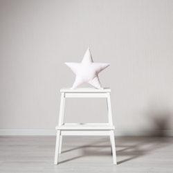 """Dekoratyvinė pagalvė """"Rausva žvaigždė"""""""